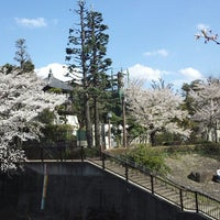 Photo taken at 瀧河山松橋院 金剛寺 by hot_r (. on 4/5/2014