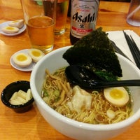 Photo taken at Ramen Yamadaya by Lou Lou on 8/16/2014