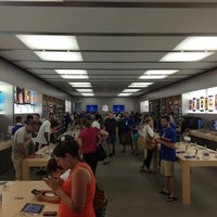 Photo taken at Apple Providence Place by Kevin V. on 7/16/2013