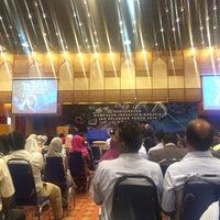 Photo taken at Dewan Jubli Perak SUK Selangor by Anis on 2/23/2016
