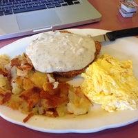 Photo taken at Little Corner Restaurant by Jayson E. on 8/15/2014
