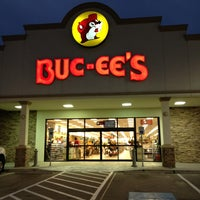Photo taken at Buc-ee's by Jason H. on 1/28/2013
