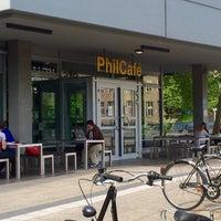 Photo taken at Phil-Café by Thorsten S. on 5/14/2015