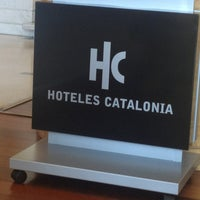Photo taken at Hotel Catalonia Barcelona Plaza by Rafael A. on 7/17/2013