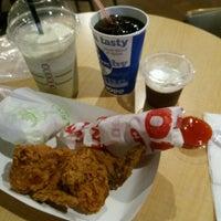 Photo taken at KFC / KFC Coffee by Satrio P. on 9/13/2016