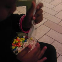 Photo taken at Dippin' Dots by Rhoda 💋 on 9/16/2012