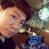 Photo taken at Starbucks by Thanakritpipat P. on 1/10/2017