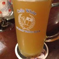 Photo taken at 麦酒本舗 by Haruhiko Y. on 6/25/2013