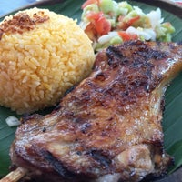 Photo taken at Bacolod Chicken Inasal by 秀年 小. on 9/26/2015