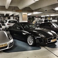 Photo taken at Hertz Schiphol by ⓛⓔⓧ G. on 9/15/2013