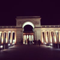 Photo taken at Legion of Honor by Charise W. on 12/11/2012
