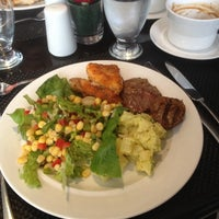 Photo taken at Restaurante Latitudes by Carlos C. on 4/7/2014