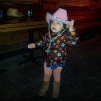 Photo taken at Texas Roadhouse by Merlin W. on 2/12/2013