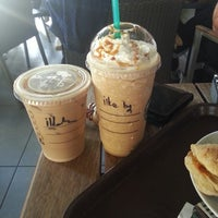 Photo taken at Starbucks by ilke D. on 5/1/2013