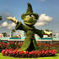 Photo taken at Disney's Hollywood Studios by Laura N. on 5/18/2013