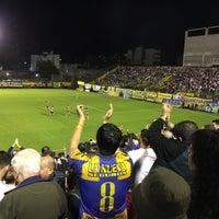 Photo taken at Estadio Don León Kolbowski - Club Atlético Atlanta by Juan A. R. on 9/28/2016
