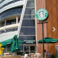 Das Foto wurde bei Starbucks von Yusri Echman am 1/28/2013 aufgenommen