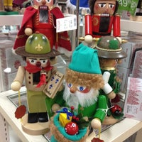 Photo taken at HomeGoods by Michelle K. on 11/23/2012