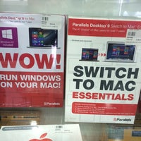 Photo taken at Harvey Norman by Eugenio F. on 8/2/2014