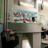 Photo taken at Prostyle by Ermilo c. on 11/15/2012