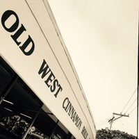 Photo taken at Old West Cinnamon Rolls by Aaron M. on 9/28/2016