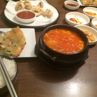 Photo taken at Seoul Garden by Jingwen N. on 5/13/2016