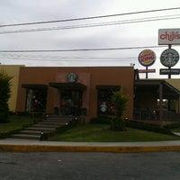 Photo taken at Starbucks by Rodrigo L. on 12/30/2012