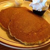 Photo taken at Pancakes R Us by Jennifer T. on 8/25/2014