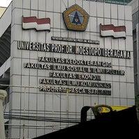 Photo taken at Universitas Prof. Dr. Moestopo (Beragama) by Loka W. on 2/16/2013