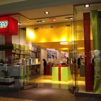 Photo taken at The LEGO Store by Moonjoo P. on 11/28/2012
