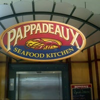 Photo taken at Pappadeaux Seafood Kitchen by Chris T. on 10/12/2012