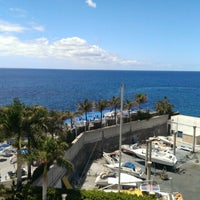 Photo taken at Marina Suites Gran Canaria by Krzysztof C. on 5/28/2013