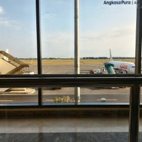 Photo taken at Gate 4 by Dikki S. on 9/11/2015