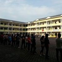Photo taken at SMK Bandar Puchong Jaya (A) by Zaymes H. on 5/5/2013