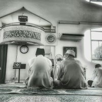 Photo taken at Masjid As-syakirin Kudat by Ak.huzaireen on 7/10/2015
