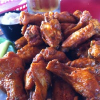 Photo taken at Pluckers Wing Bar by Rooster B. on 11/3/2012