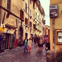Photo taken at Baccanale Trastevere by Rafael R. on 4/12/2013