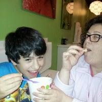 Photo taken at Yobe Frozen Yogurt by Rob H. on 2/27/2013