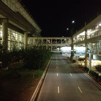 Photo taken at Rental Car Center by Jung H. on 9/27/2013