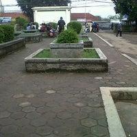 Photo taken at Universitas Islam Negeri (UIN) Sunan Gunung Djati by Wulan P. on 5/24/2013