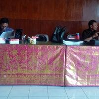 Photo taken at Ruang Rapat Widya Mandala Kantor Bupati Klungkung by Putu Tio M. on 12/10/2014