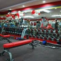 Photo taken at 24 Hour Fitness by Jonathan T. on 11/7/2012