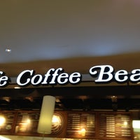 Photo taken at The Coffee Bean & Tea Leaf by Ivan S. on 10/13/2012