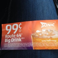 Photo taken at SONIC Drive In by Erica B. on 10/15/2013