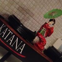 Photo taken at Katana Sushi & Massas by Erika Z. on 10/27/2012
