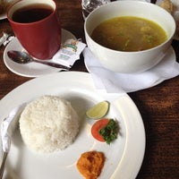 Photo taken at Cafe Pisang by Nimaz A. on 4/21/2014