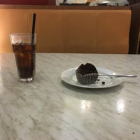 Photo taken at Kenny Rogers Roasters by Nik F. on 3/22/2016