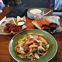 Photo taken at Applebee's by Mayyadah A. on 8/15/2014