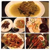 Photo taken at Goela Klapa Restaurant by Monica C. on 3/23/2014
