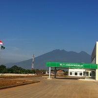 Photo taken at PT. Hokkan Indonesia by Nasruddin V. on 12/17/2012